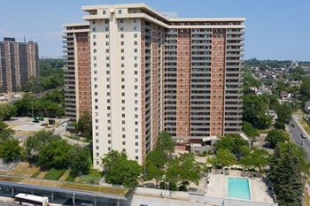 Best 3 Bedroom Apartments In Toronto On From 1 299 Rentcafe