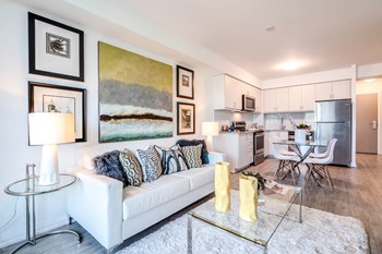 Best 3 Bedroom Apartments In Toronto On From 1 350 Rentcafe