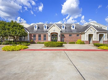 Best 2 Bedroom Apartments In Sugar Land Tx From 770 Rentcafe